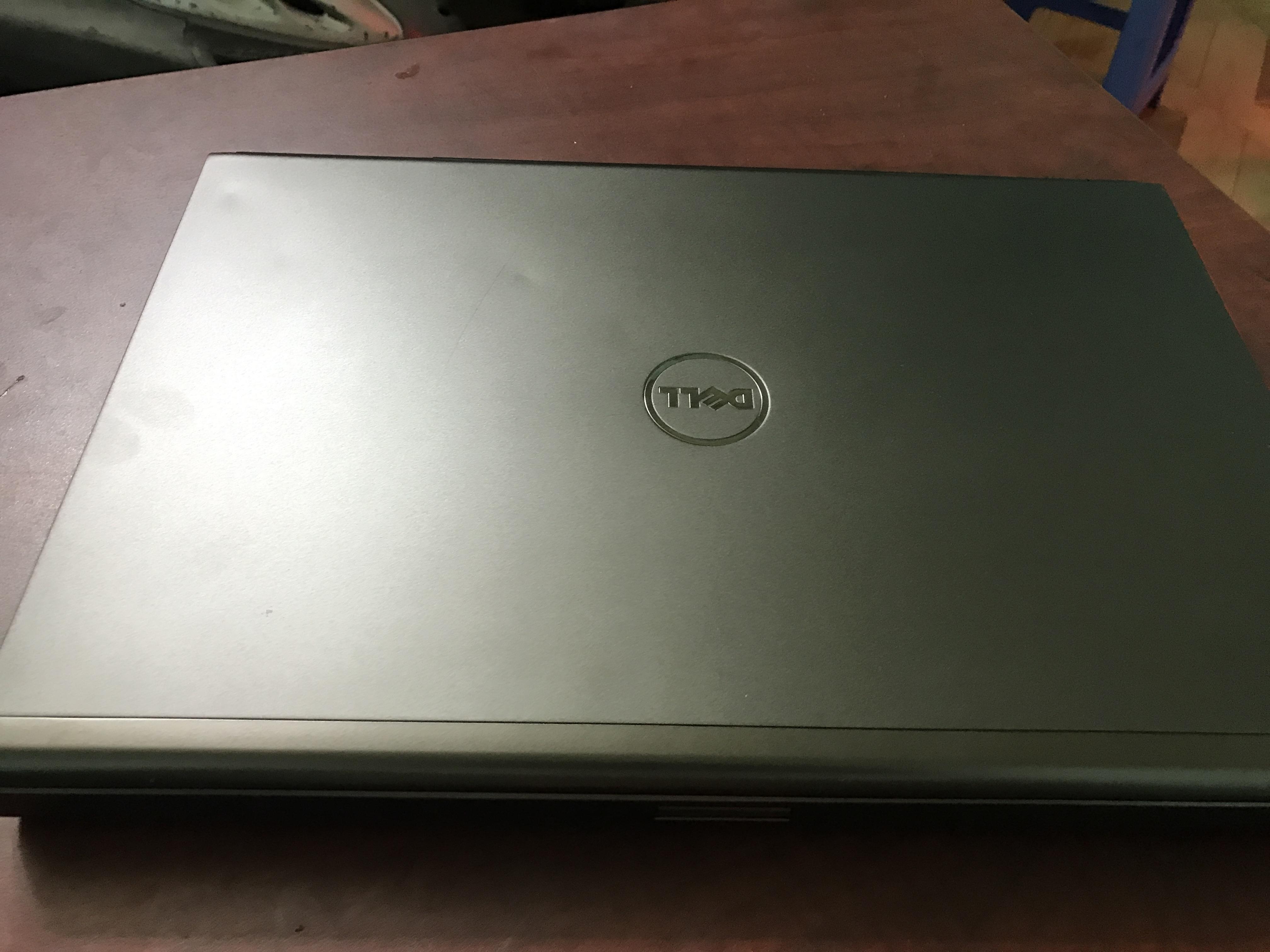 Ba mẫu laptop Dell Chuyên Game và thiết kế đồ họa