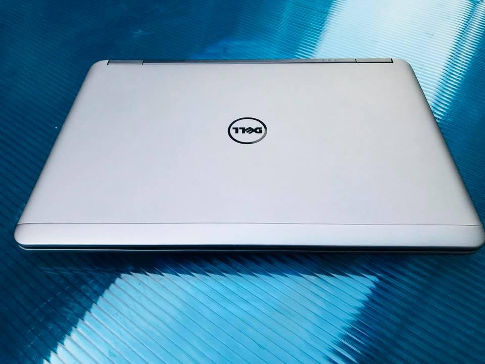 Laptop Dell E7240 Core i7 4600U Ram 4GB SSD 128GB 12 inch xách tay giá rẻ nguyên zin 100% đẹp như mới