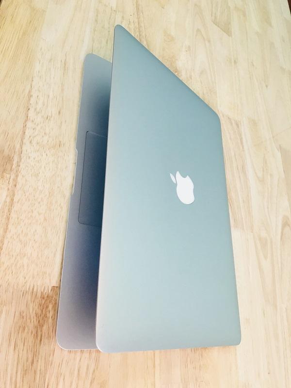 Macbook air A1466 EMC2632 Core i7 Ram 8GB SSD 256GB 13.3 inch mỏng nhẹ đẳng cấp doanh nhân.